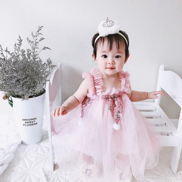 Tên con gái họ Nguyễn đẹp năm 2021